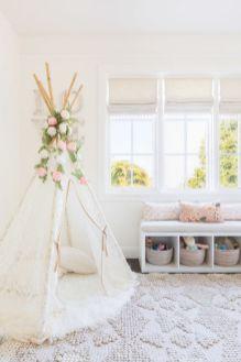 Tween Bedroom Decorating Ideas 31