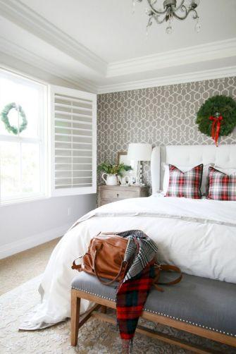 Awesome Christmas Bedroom Design 22