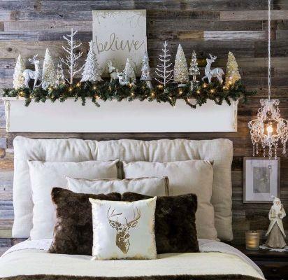 Awesome Christmas Bedroom Design 29