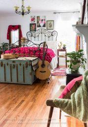 Awesome Christmas Bedroom Design 31