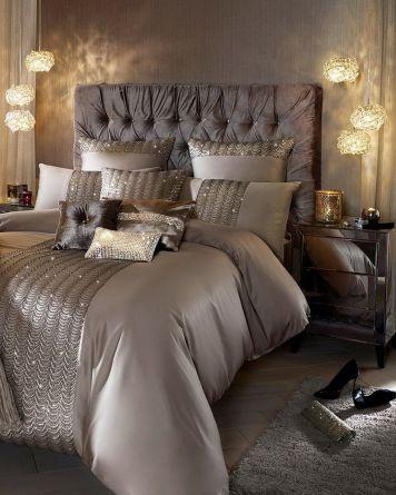 Awesome Christmas Bedroom Design 36