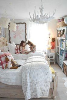Awesome Christmas Bedroom Design 46