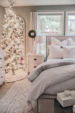 Awesome Christmas Bedroom Design 49