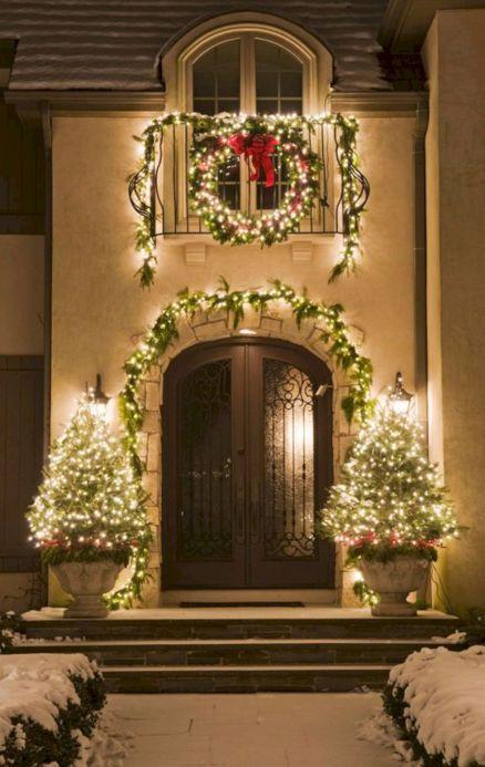 Outdoor Christmas Decorating Design Ideas