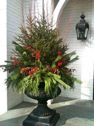 Outdoor Christmas Urn Ideas
