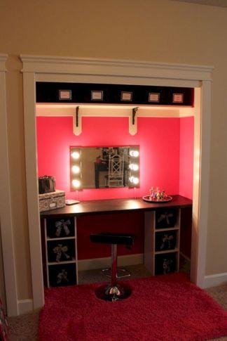 DIY Makeup Vanity Design Ideas 29