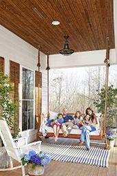 Gorgeous Farmhouse Front Porch Ideas 131