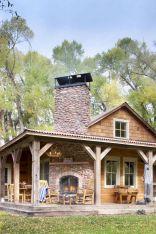 Gorgeous Farmhouse Front Porch Ideas 15