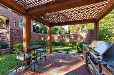 Backyard Living Space Design Ideas 10