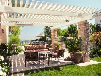 Backyard Living Space Design Ideas 15