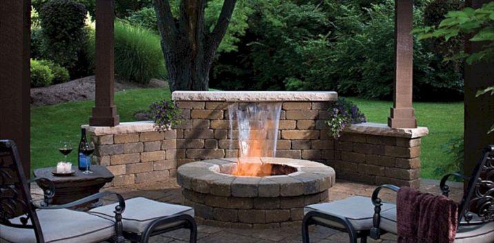 Backyard Living Space Design Ideas 26