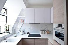 Contemporary White Kitchen Backsplash 120