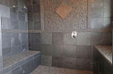 Natural Bathroom Tile Ideas 24