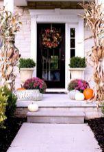 Tiny Front Porch Decorating Ideas 124