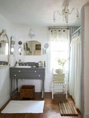 Modern Vintage Bathroom Design 25