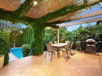 Outdoor Living Design Ideas 16