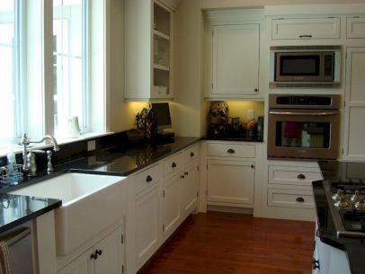 Farmhouse Sinks Design For Kitchen 19