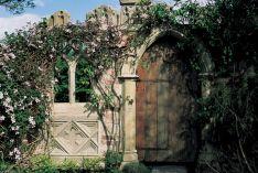 Goth Garden Ideas 3