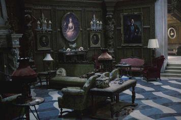 Gothic Living Room Design Ideas 18