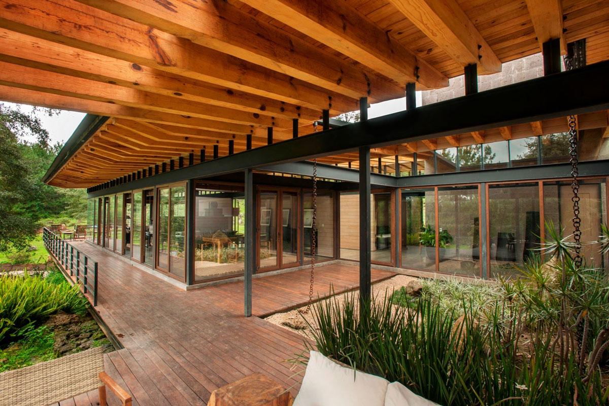 Wood Beams, Veranda, Stunning Home In Valle De Bravo, Mexico