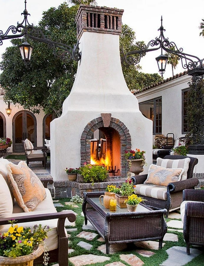 47 Unique Outdoor Fireplace Design Ideas on Outdoor Fireplaces Ideas  id=30779