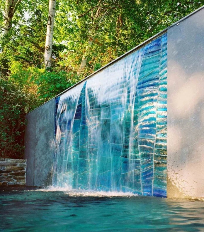 54 Garden Water Features: Awesome Outdoor Design Ideas on Backyard Feature Walls id=73720