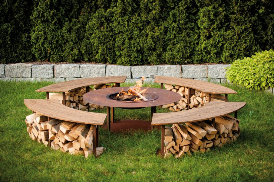 40 Circular Fire Pit Seating Area Ideas Round Patio Designs