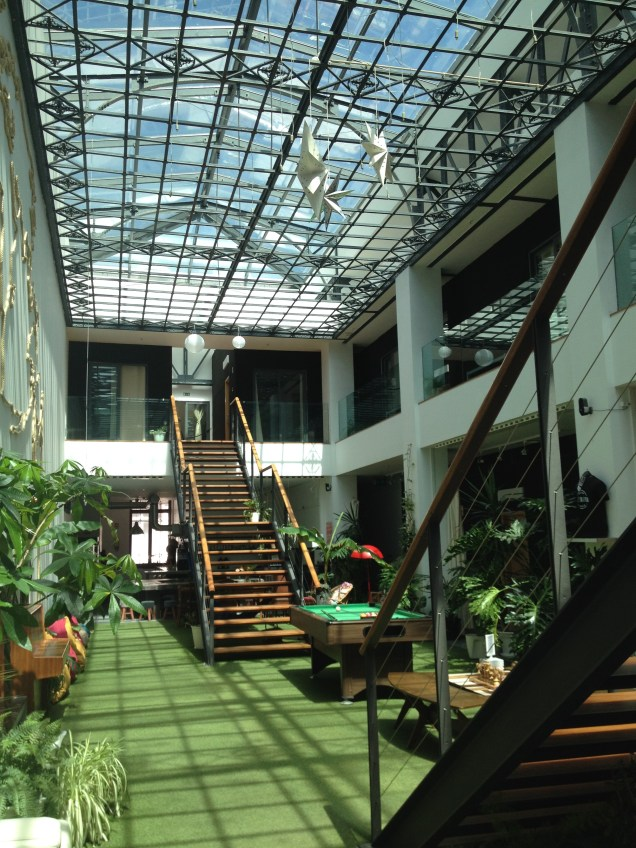Destination atrium lounge