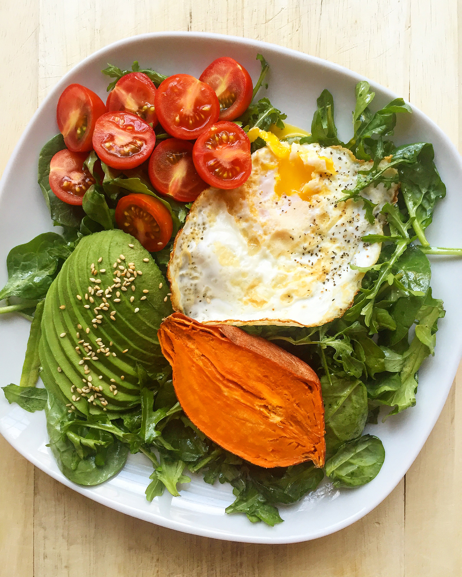Some tips on what to keep on hand to make easy breakfasts, meat-free options too! Click to read more...