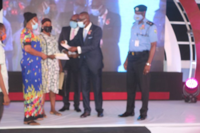 Wives Of Policemen Killed During EndSARS Riots Receives N10M Each From Sanwo-Olu (Photos)