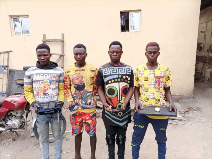 Police Arrests 4 Armed Robbers With Weapons In Kaduna (Photos)
