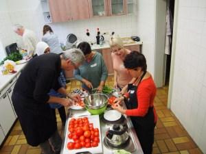 Internationales Kochen 1: Schnippeln!