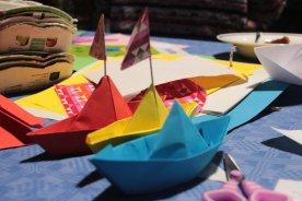 Schiffe der Freundschaft, gemeinsam gebastelt