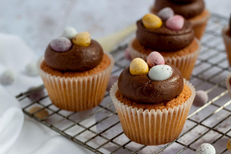 Recipe: Mini Eggs Easter Cupcakes | FOOD | FREYA WILCOX