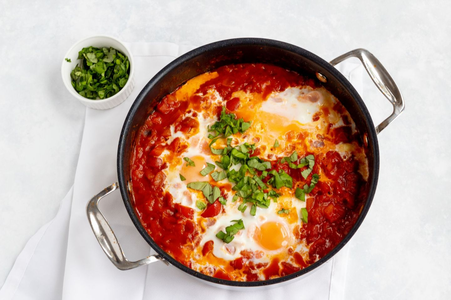 Recipe: Shakshuka Tomatoes & Eggs | FOOD | FREYA WILCOX
