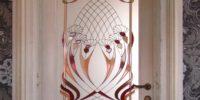 двери из массива ясень
