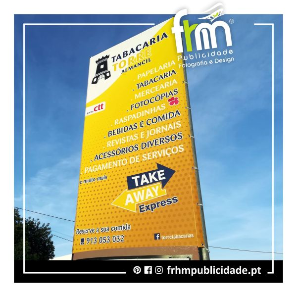 Lona Premium em Totem – Tabacaria Torre