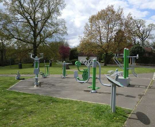 OUTDOOR GYM 3 MAY 2016 (David Berguer)