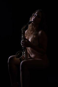 Foto: Wolfgang Fricke | Model: Paula | aus einem Akt-Shooting im Studio