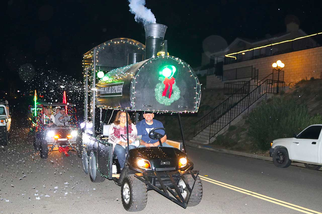 Golf Cart Toy Drive Parade Winners Announced The Friday Flyer