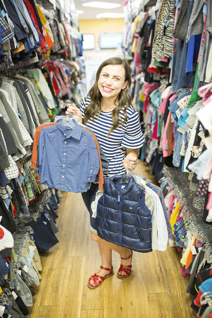 Get a Back-To-School Wardrobe On a Budget with these hacks that will save you hundreds of dollars and leave you with plenty of back to school outfits!
