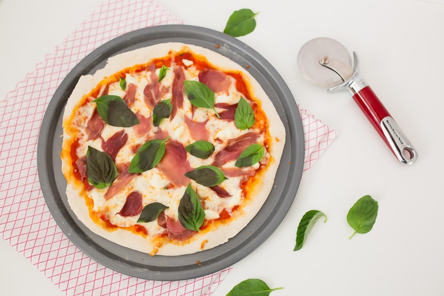 easy pizza dough from scratch