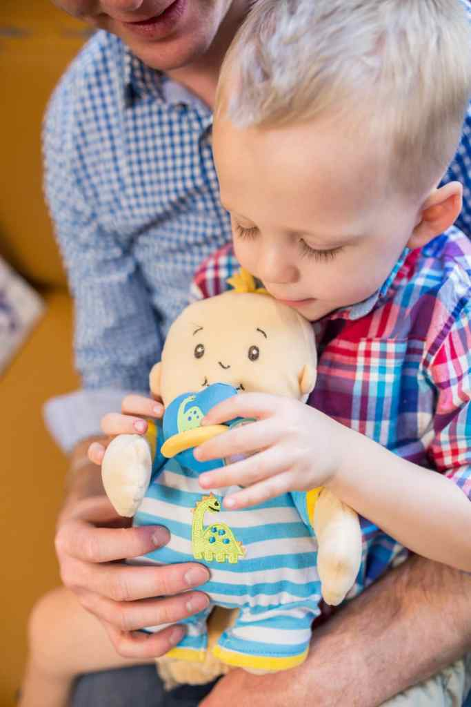 Tips for preparing your child to become an older sibling