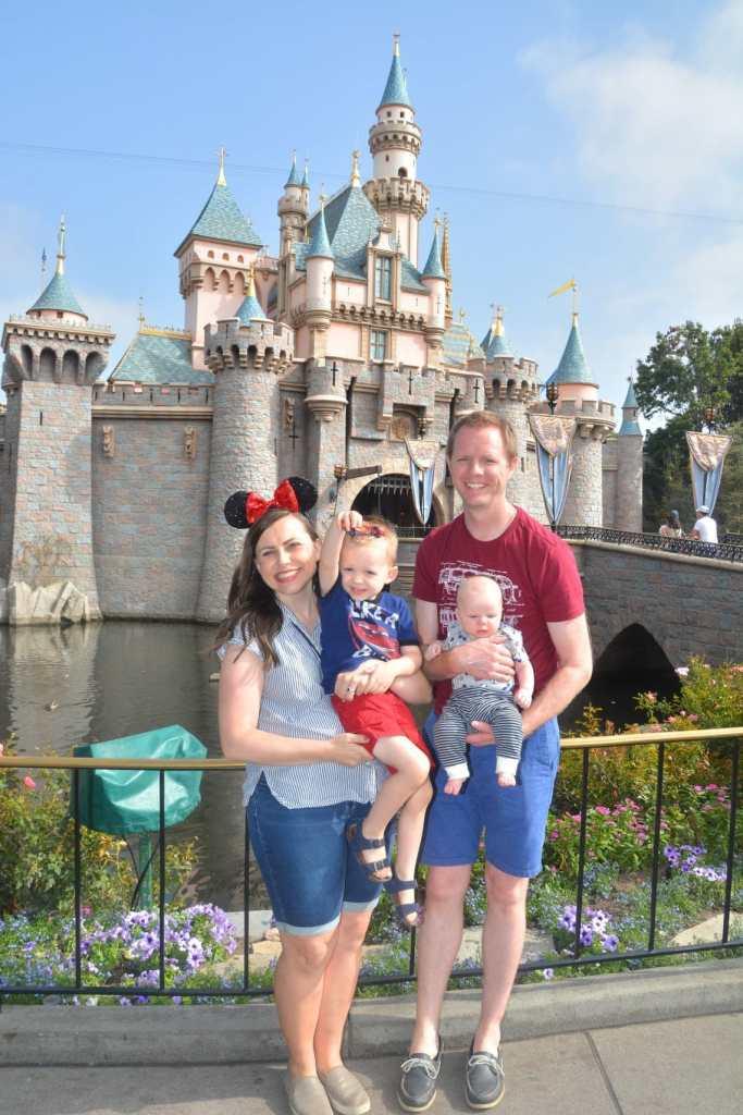 Disneyland Discount Tickets: A List of places you can get Disneyland Discout tickets and where you'll find the best Disneyland Ticket Deals