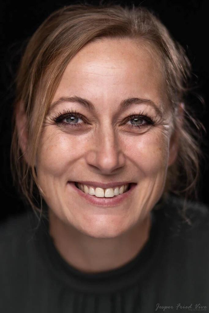 Headshot portræt . Fotograf Jesper Fried Vive, Odense
