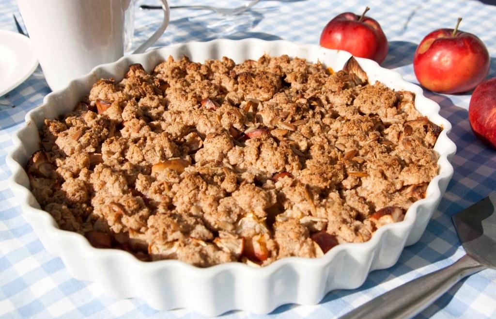 Glutenfri vegansk smuldrepai med eple