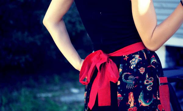 Apron_Bow___Flickr_-_Photo_Sharing_