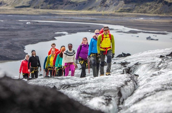 Glacier discovery friend in iceland