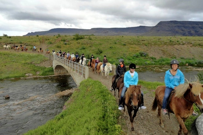 Horseback and caving friend in iceland 1