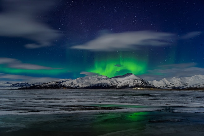 Northern lights mystery friend in iceland